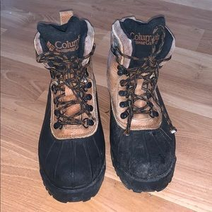 Columbia snow boots leather/rubber size 9.5